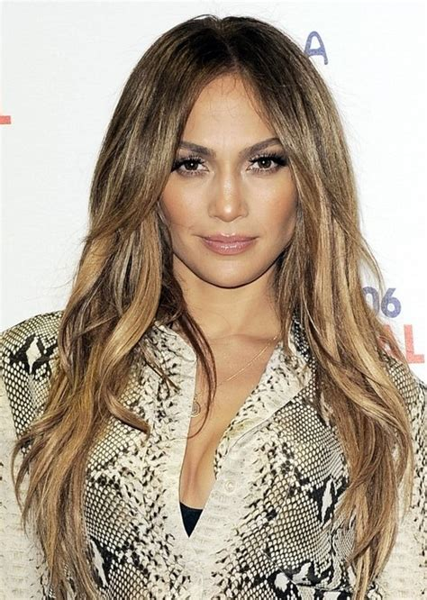 hairstyle for hair part in the middle 15 jennifer lopez hairstyles popular haircuts