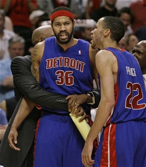 ben wallace bench press tayshaunprince图片