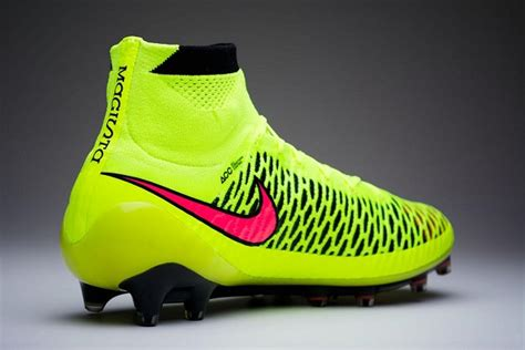imagenes de los nike magista we re giving away a pair of nike magistas the instep