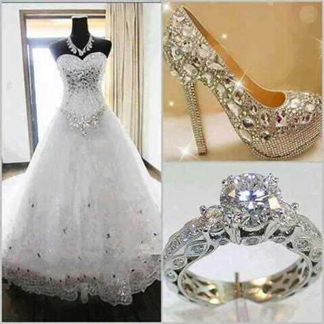 Schuhe Brautkleid by Beautiful Wedding Gown Diamonds Ring Shoes