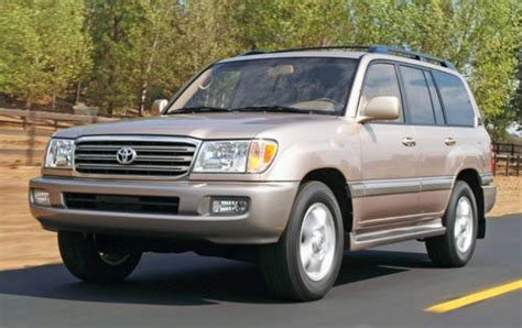2005 Toyota Land Cruiser Information And Photos