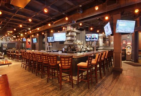 Top Sports Bars In Chicago by Photos Theory