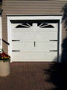 What you need to install carriage door hardware on your garage