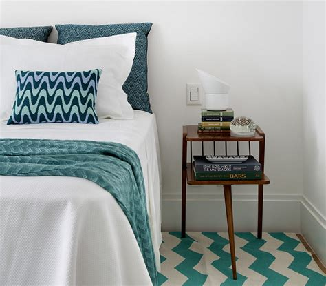 teal and white bedroom bedroom decor ideas and inspiration use teal and white