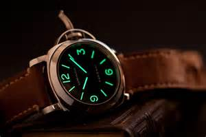 Panerai wristwatch photo blog getting tritium to glow