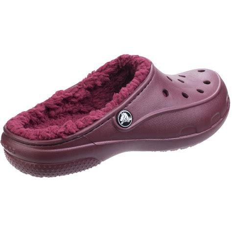 cushioned slippers crocs womens freesail plush lined cushioned mule