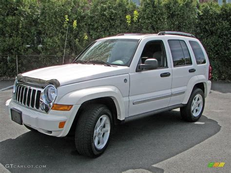 jeep white liberty 2006 white jeep liberty limited 4x4 10496557