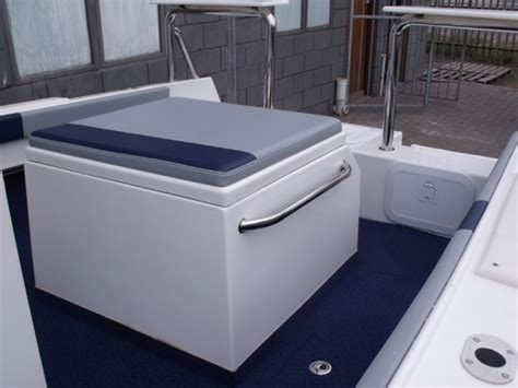 center console leisure boats butt cat 490 centre console leisure boating