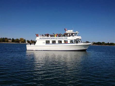 glass bottom boat ride alpena mi the amazing glass bottomed boat tour in michigan will
