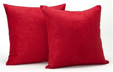 Pillows Red   Homes Decoration Tips