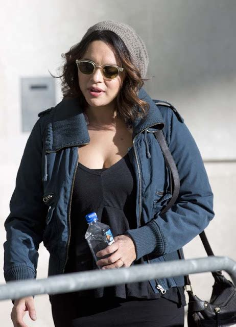 norah jones singer singer norah jones latest hot out candids in london
