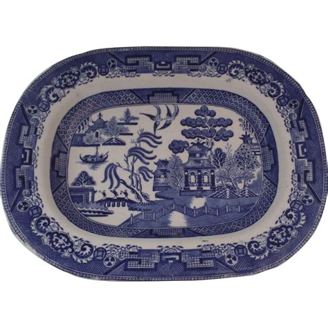 english willow pattern english late 19th century blue and white willow pattern