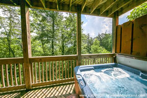 8 bedroom cabins in pigeon forge tn large 8 12 br cabins in gatlinburg pigeon forge tn