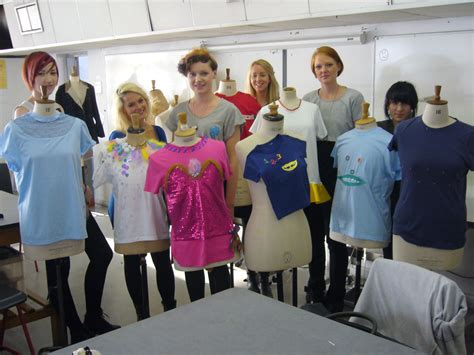 design clothes colleges colleges of fashion designing fashion today