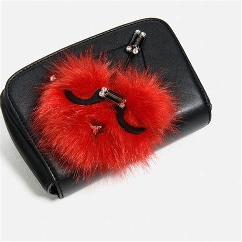 Beg Tangan Jenama Zara beg cilik ini bakal menjadi penghuni almari anda glam malaysia
