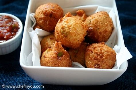 how to make hush puppies with cornmeal hushpuppy recipe fried cornbread recipe chef in you