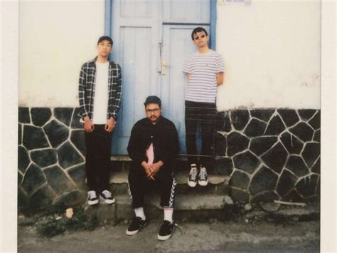 Indonesia Unite shoegaze post band vein palm release debut single