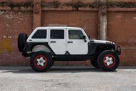 starwood motors jeep white this starwood motors jeep w center line wheels stops shows