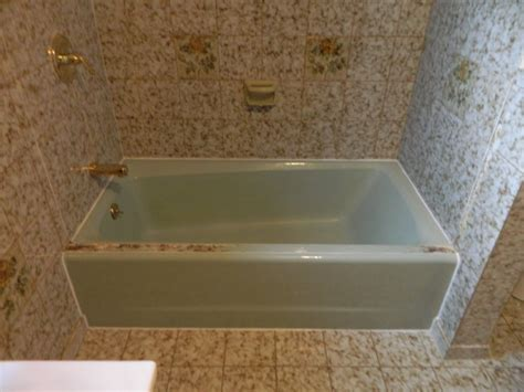 green bathtub before after call today for a free estimate 607 222 6824