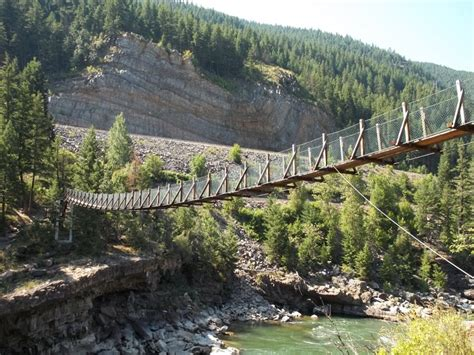 kootenai falls swinging bridge swinging bridge kootenai river montana bridges