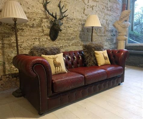 distressed chesterfield sofa 421 chesterfield leather vintage distressed 3 seater sofa
