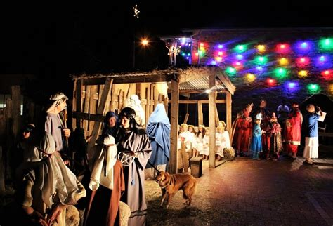 wwwkidsinadelaidecomaubest christmas lights adelaide lobethal lights adelaide beautiful light display markets nativity sunsets and