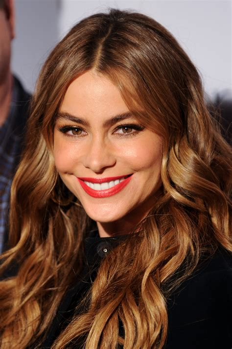 sofia vergara hair color sofia vergara new head and shoulders spokesperson
