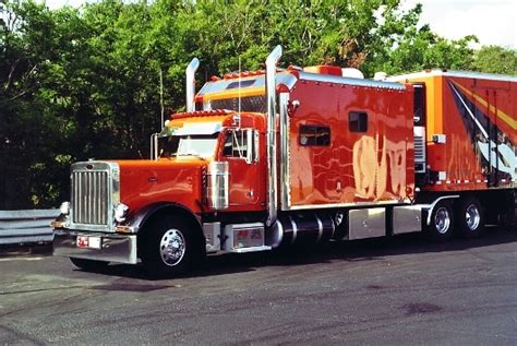 Trucker U is there a reason why trucks and us trucks look so different neogaf