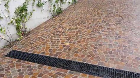 piastrellare giardino pavimenti per giardini esterni posare un pavimento da