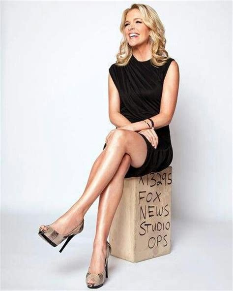 megyn kelly is gorgeous megyn kelly beyond smart and beautiful you go girl