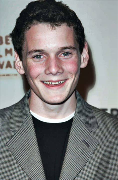 anton yelchin curb anton yelchin known people famous people news and