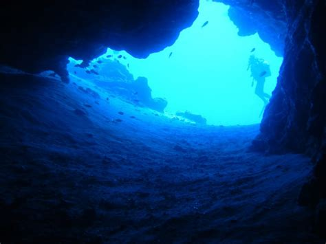 tips and techniques for cave diving scuba diving gear