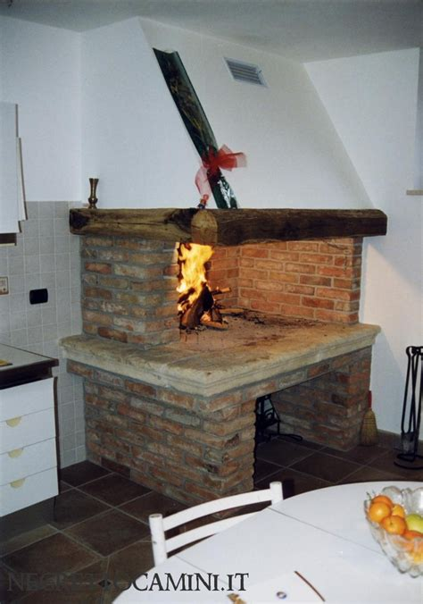camino rustico 1000 images about camini rustici on pizza and