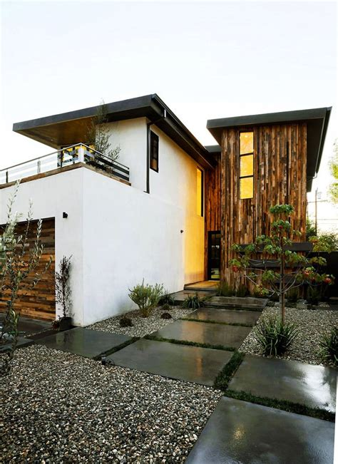 modern japanese house stucco home style