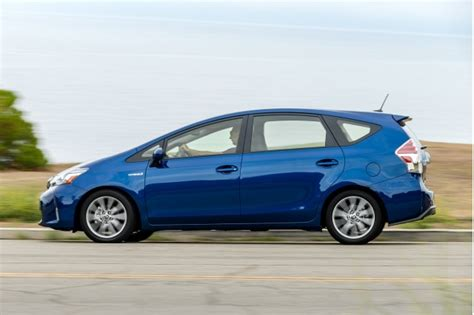 Toyota Prius V Review 2016 Toyota Prius V Review Ratings Specs Prices And