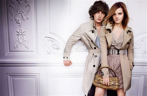 emma watson burberry emma watson in burberry spring summer caign the