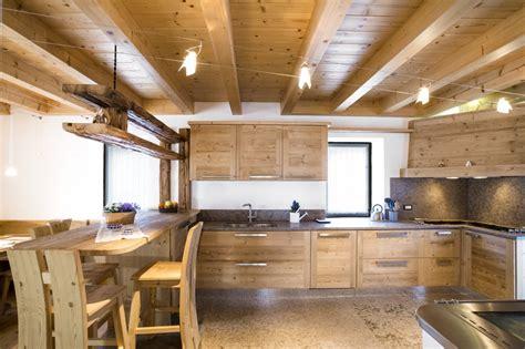 arredamento rustico casa falegnameria hermann casa cansiglio
