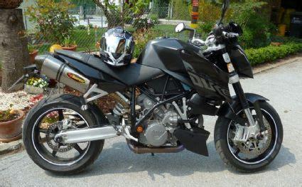 Felgenaufkleber Akrapovic by Umgebautes Motorrad Ktm 990 Duke Kawa750ch