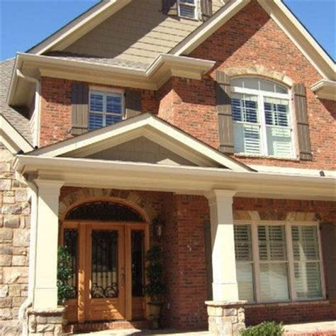 exterior paint colors that go with brick garage and front door colors