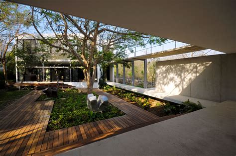 courtyard house designs modern house among trees design with modern courtyard