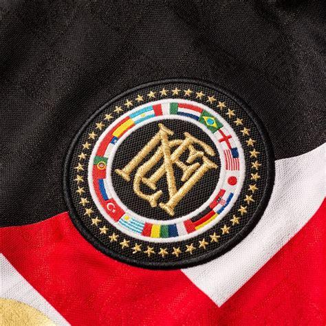 Tshirt Nike F C Black nike f c t shirt black www unisportstore