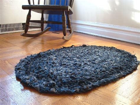 recycled blue jean rag rug project