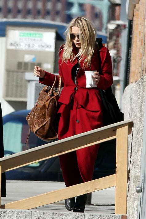 Olsens Are In Town by Kate In New York City 1 Of 3 Zimbio