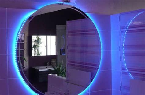 Exceptionnel Eclairage De Jardin Led #7: Eclairage-led-decoratif-salle-de-bain-miroir.jpg