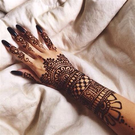 henna tattoo hand tumblr 100 likes tumblr girl stuff pinterest hand
