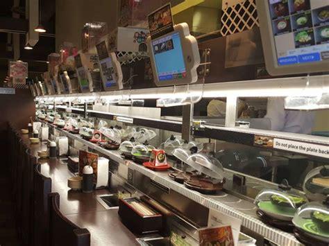 discover kura atlantas revolving sushi bar tripstodiscover