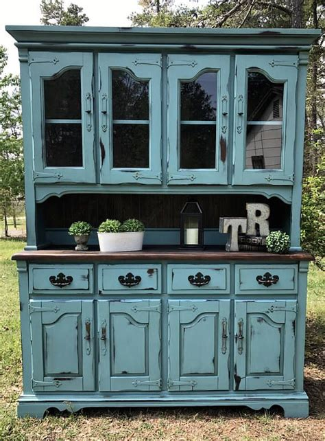 Distressed Turquoise Kitchen Cabinets 25 Best Ideas About Distressed Cabinets On Painting Cabinets Painting Cupboards