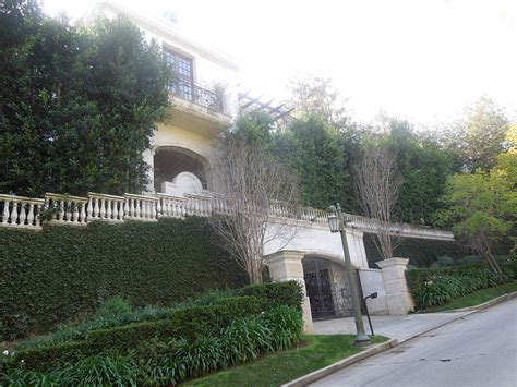 the jackson house michael jackson death house photo the global dispatch