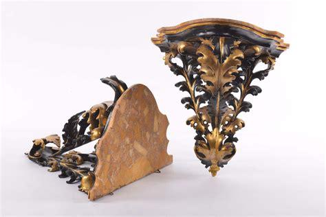 mensole laccate coppia di mensole intagliate laccate e dorate firenze
