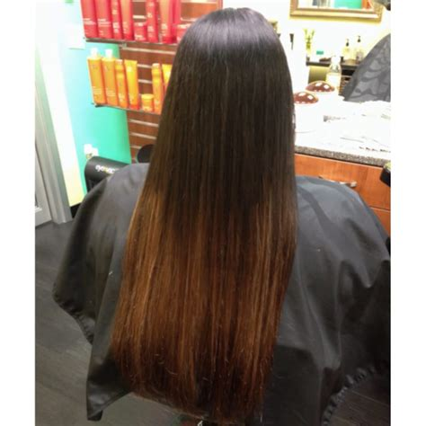 highlight on bottom half of hair weaved in highlights toward bottom half to give an ombr 233